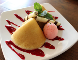 Special Strawberry Pancake